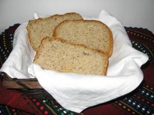 Типов хляб с овесени трици и семена