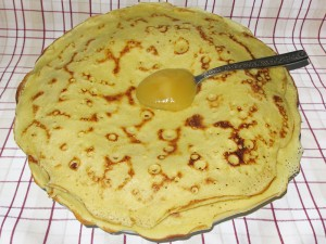 pancakes_honey_tea_cloth
