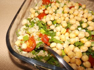 salad_chick-peas_quinoa02