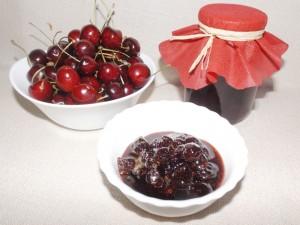 Сладко от вишни и череши