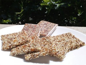 sweet_sesame_crackers_02